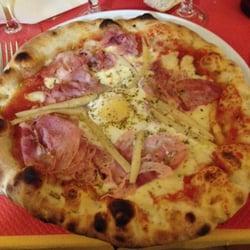 Il Parasole   21 Reviews   Pizza   6 rue Hoche, Deauville