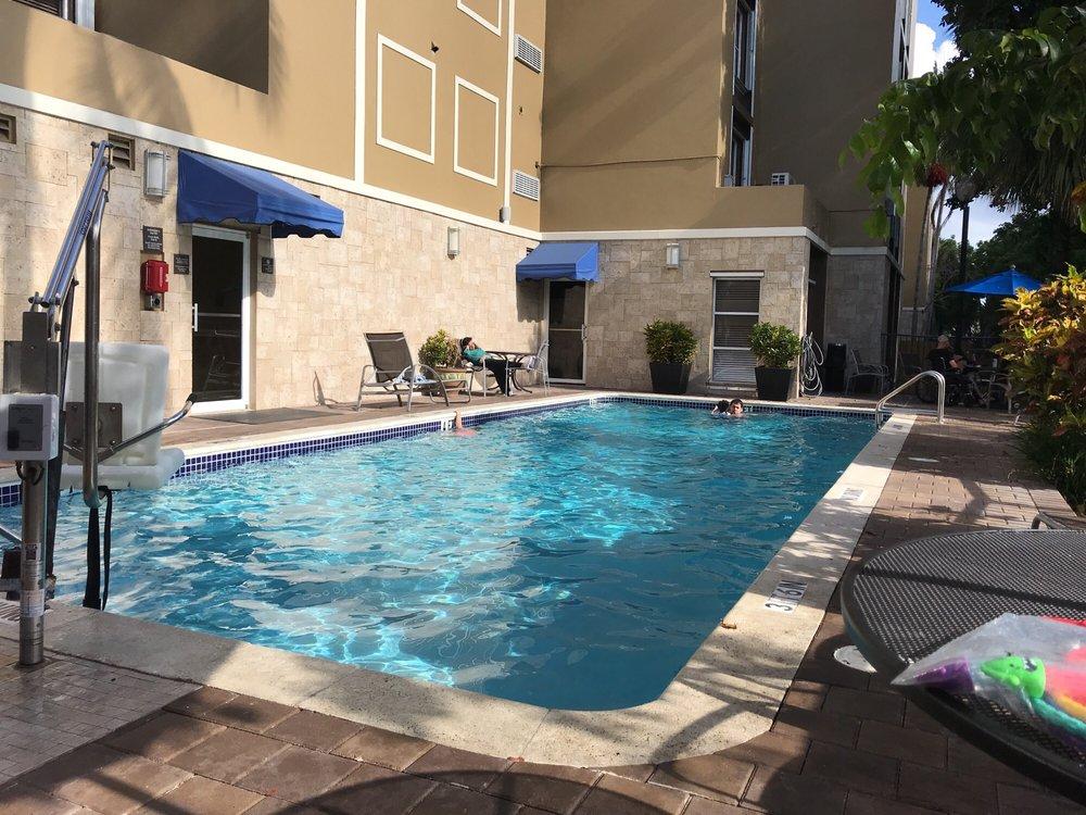 Hampton Inn & Suites Ft. Lauderdale Airport/South Cruise Port