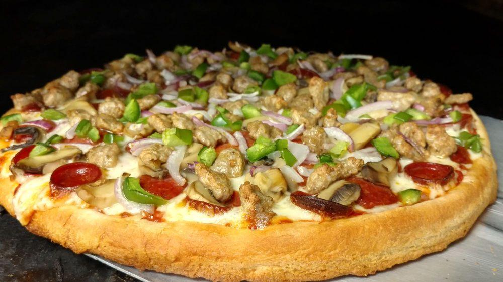 Jim & Sue's Lake City Pizza: 1304 Lake St, Lake City, PA