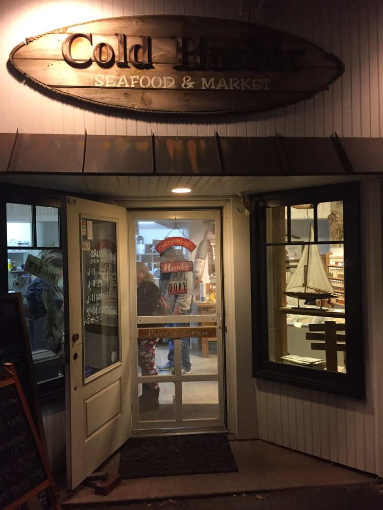 Cold Harbor Seafood & Market: 465 Taylor Rd, Enfield, CT