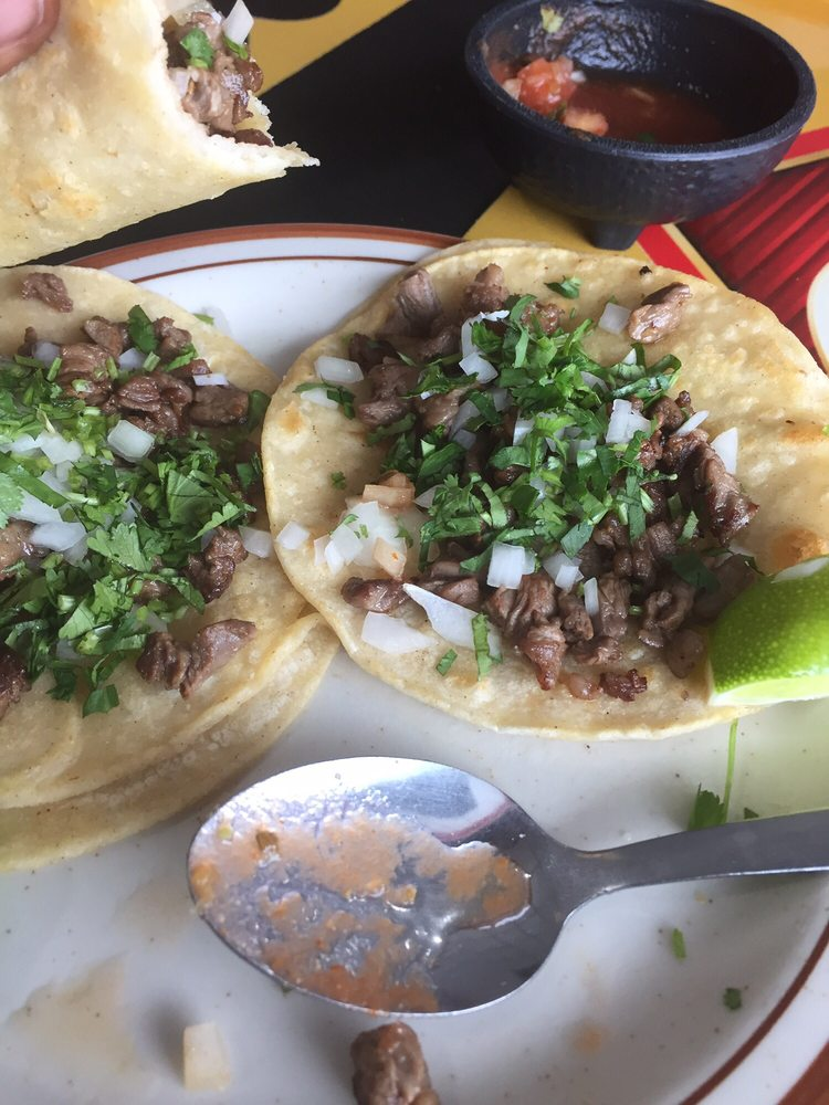 Victor's Mexican Restaurant: 602 N Hwy 69, Huxley, IA