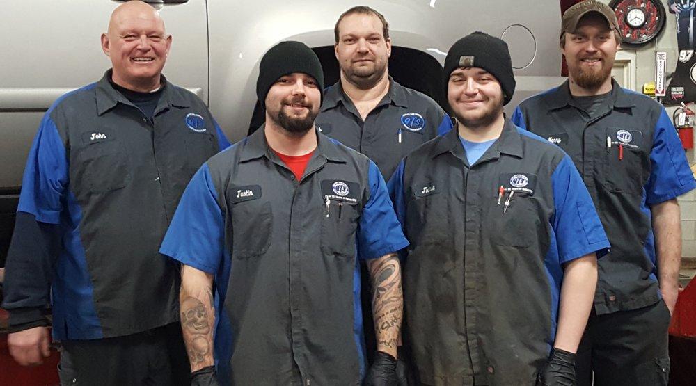 Quality Tire Service: 2420 Hiller Ridge, Johnsburg, IL