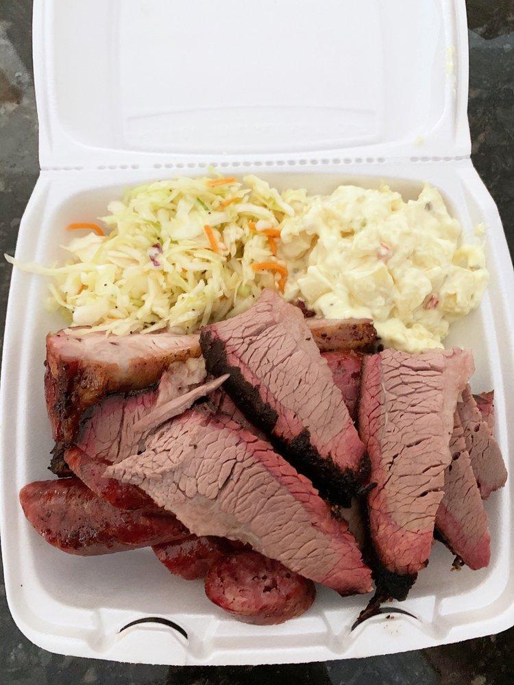 Vincek's Smokehouse: 139 S Dill St, East Bernard, TX