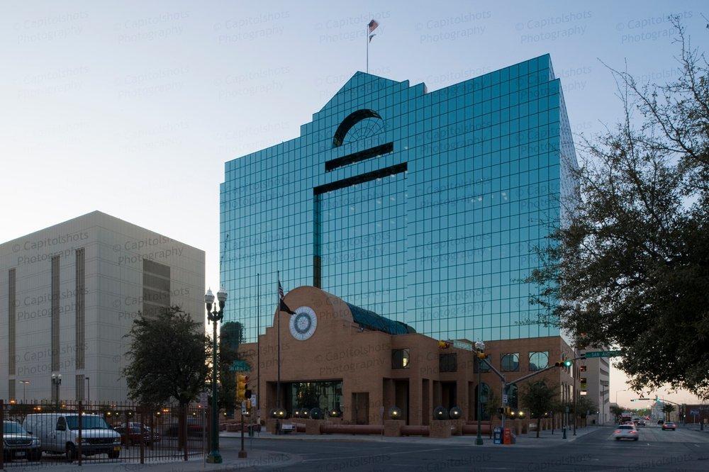 Denver Attorney Services: 1550 Larimer St, Denver, CO