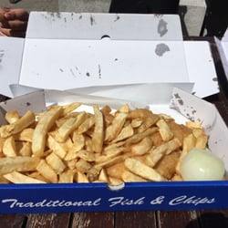 Peter s fish factory fish chips 12 royal york for Petes fish and chips