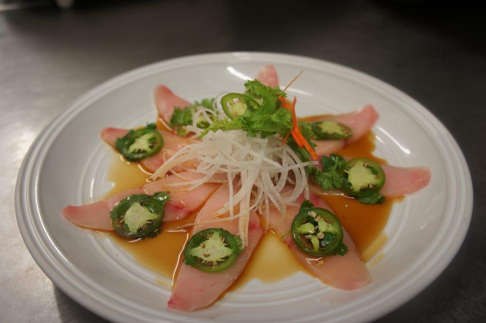 yellowtail sashimi calories - 1000×664