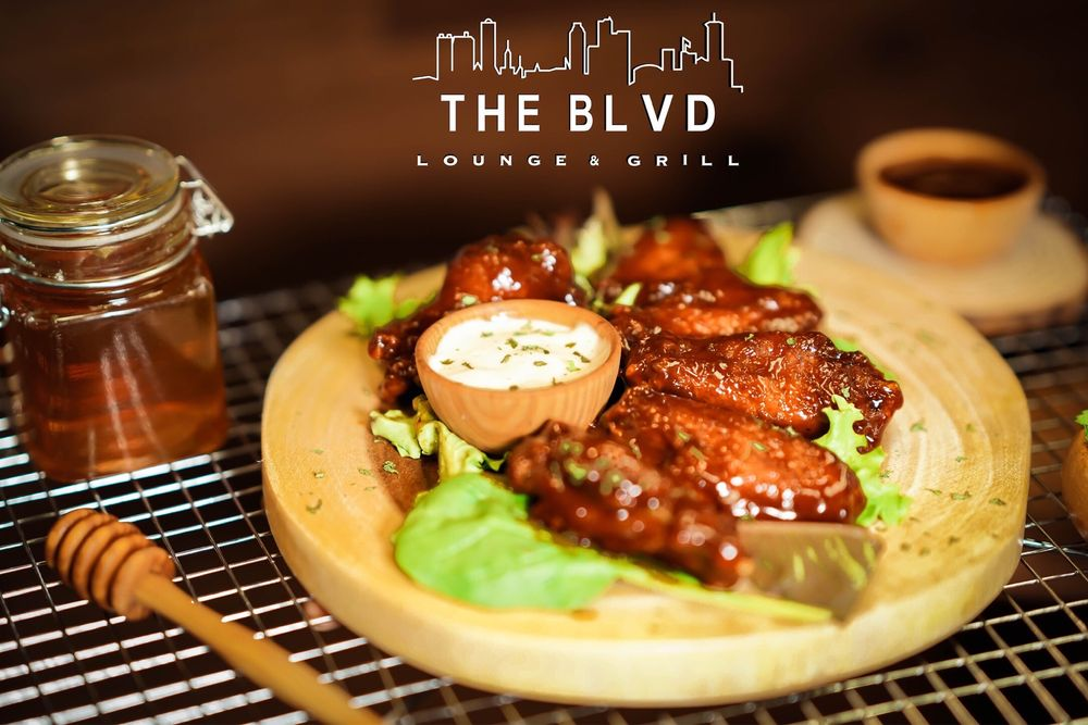 The Blvd Lounge & Grill: 46289 North Morrison Blvd, Hammond, LA