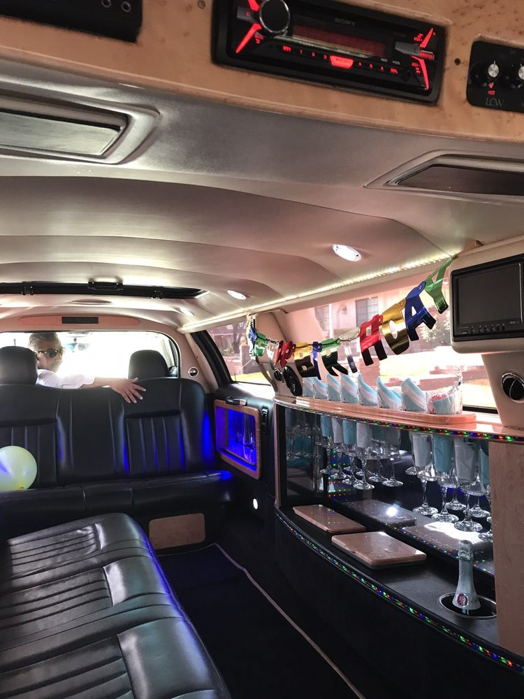Rc's Affordable Limousine Service: 2845 80th St W, Rosamond, CA