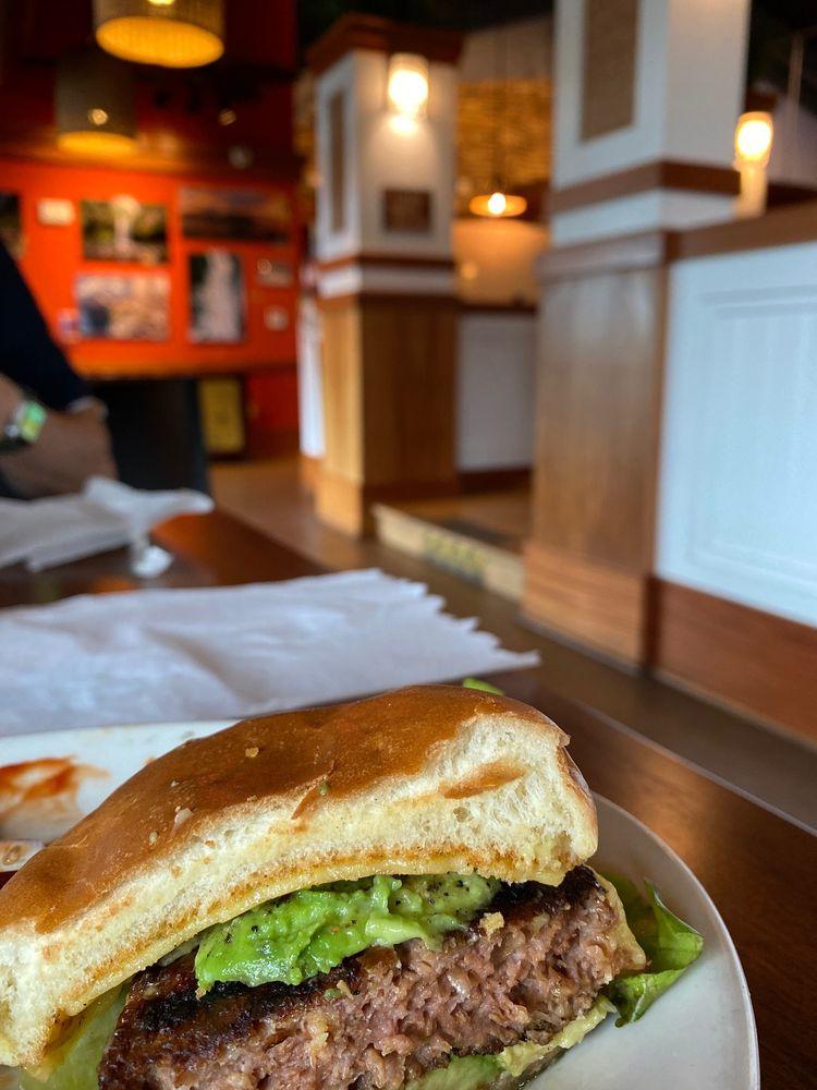 Pounders Restaurant: 55-370 Kamehameha Hwy, Laie, HI