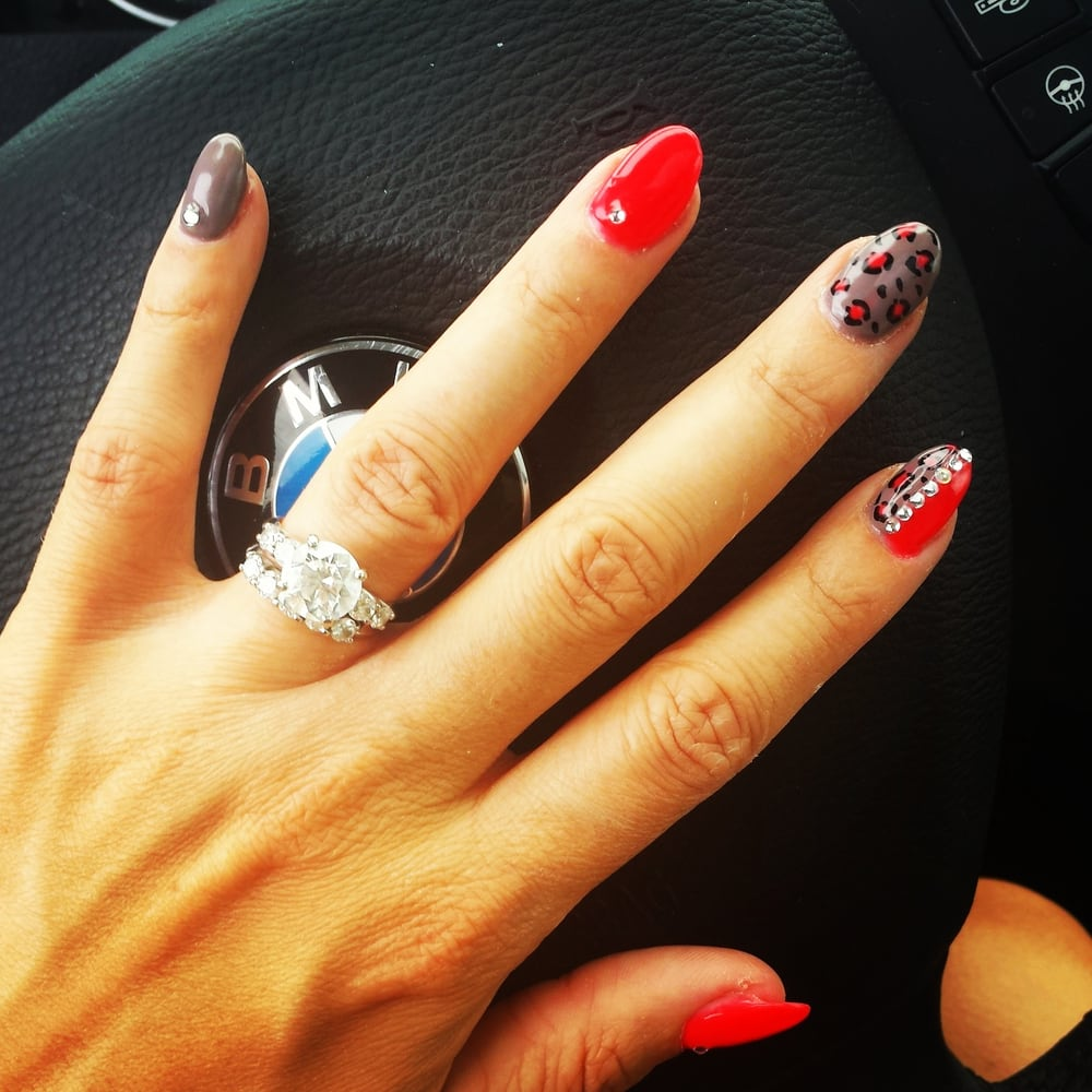 Binh s nails 105 photos nail salons 100 jennifer for Ab nail salon sarasota