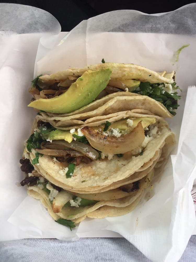 Taqueria Los Mexicanos: 5404 Harrisburg Blvd, Houston, TX
