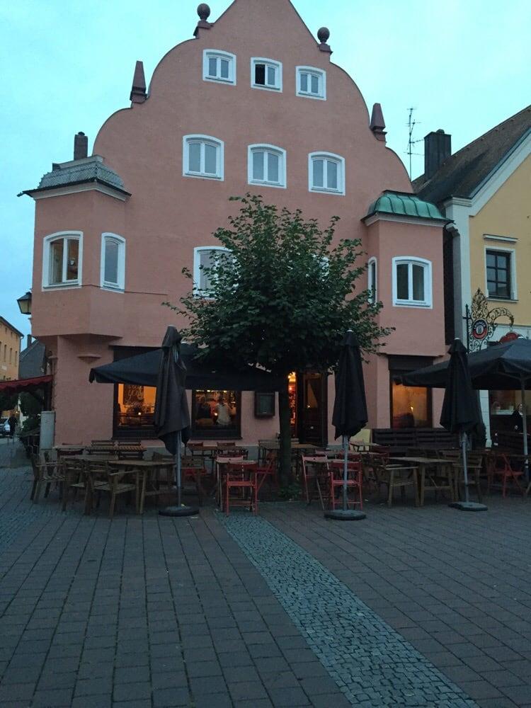 Effe Gold 14 Beiträge Burger Kleiner Platz 10