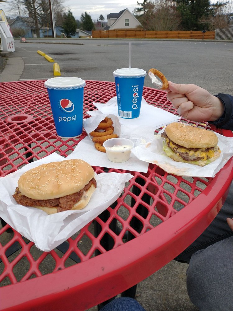 Grant's Burgers: 2254 Douglas Rd, Ferndale, WA