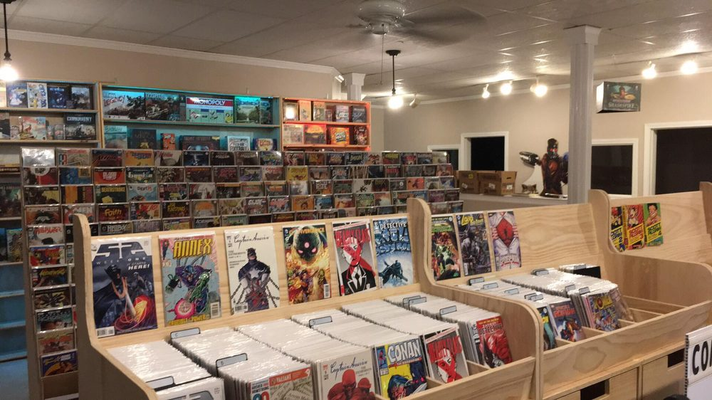 Legends Comix and Games: 23 Stevens St, Littleton, MA