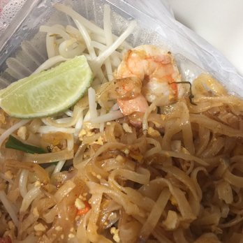 thai garden to go order food online 41 photos 52 reviews vegan 9235 se clackamas rd