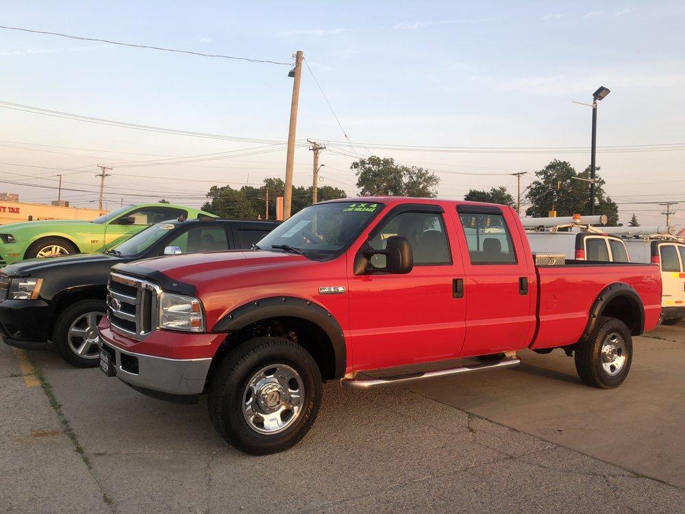 Motor City Auto Auction: 31065 Groesbeck Hwy, Fraser, MI