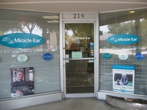 miracle ear hearing aid center h rger teakustiker 219 canal st new smyrna beach fl. Black Bedroom Furniture Sets. Home Design Ideas