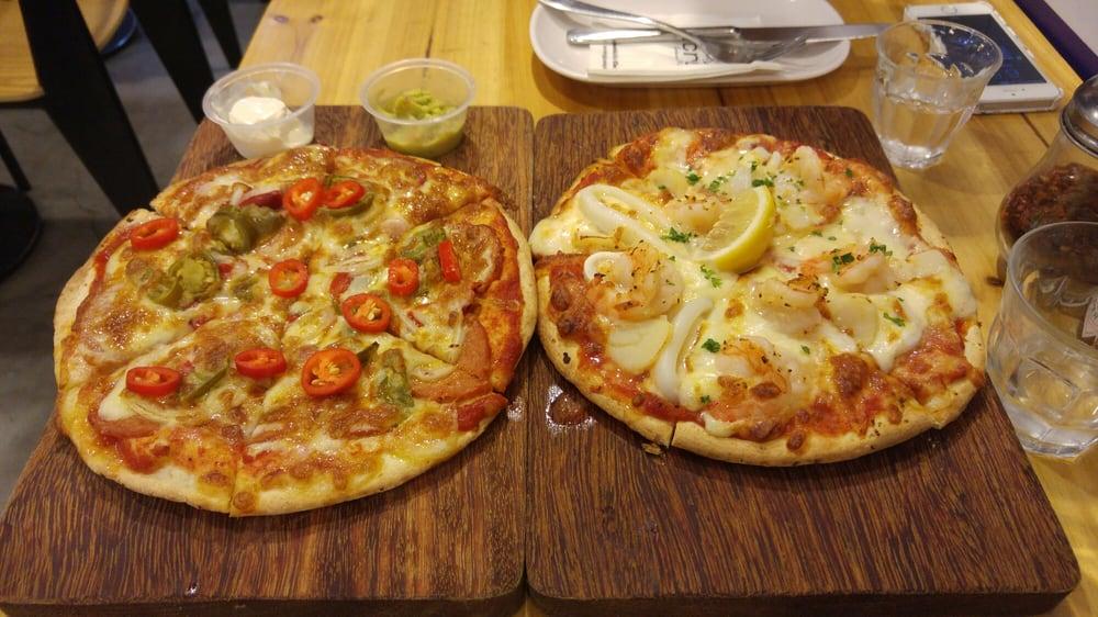 Crust Gourmet Pizza Bar Singapore