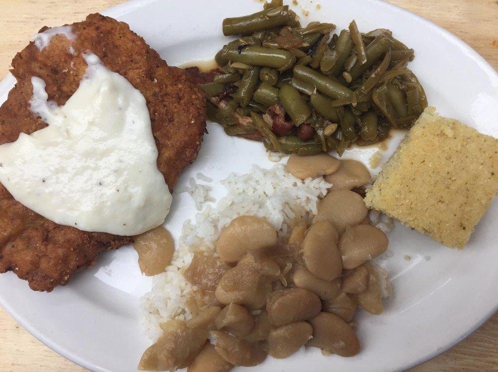Okeechobee Livestock Market Restaurant: 1055 US Hwy 98 N, Okeechobee, FL