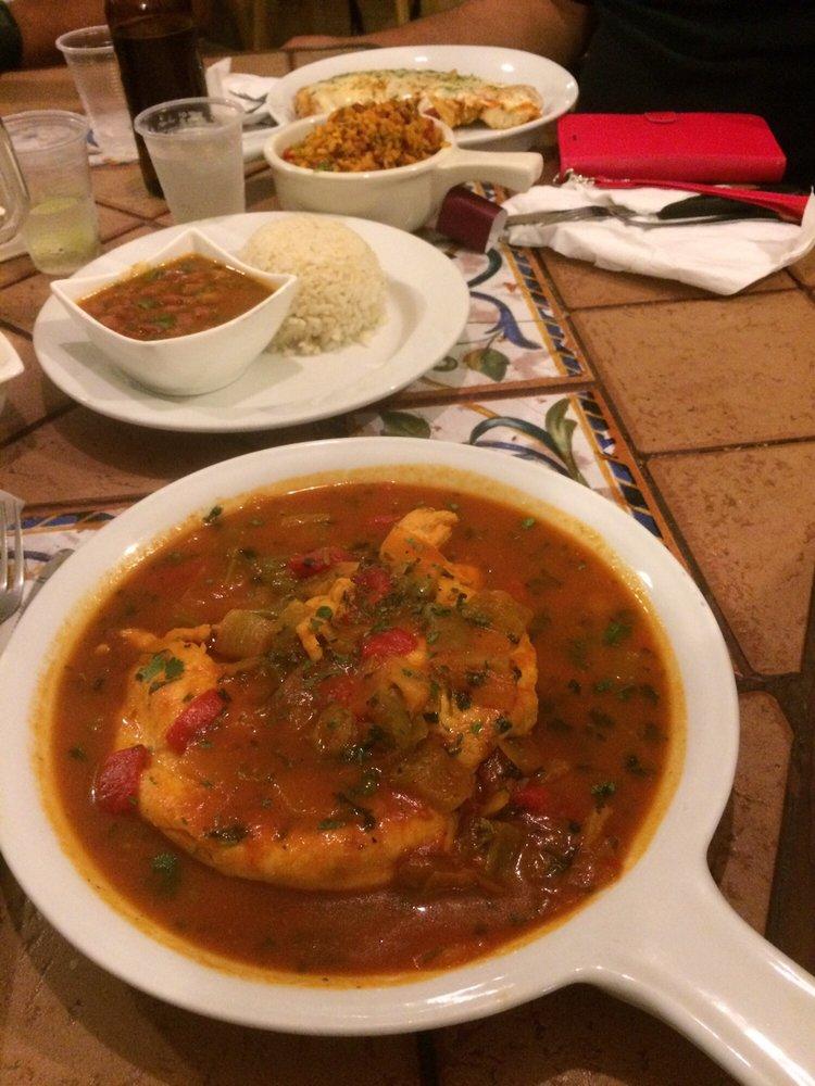 Cuadros Restaurant: Carretera 2, Km 141, Añasco, PR