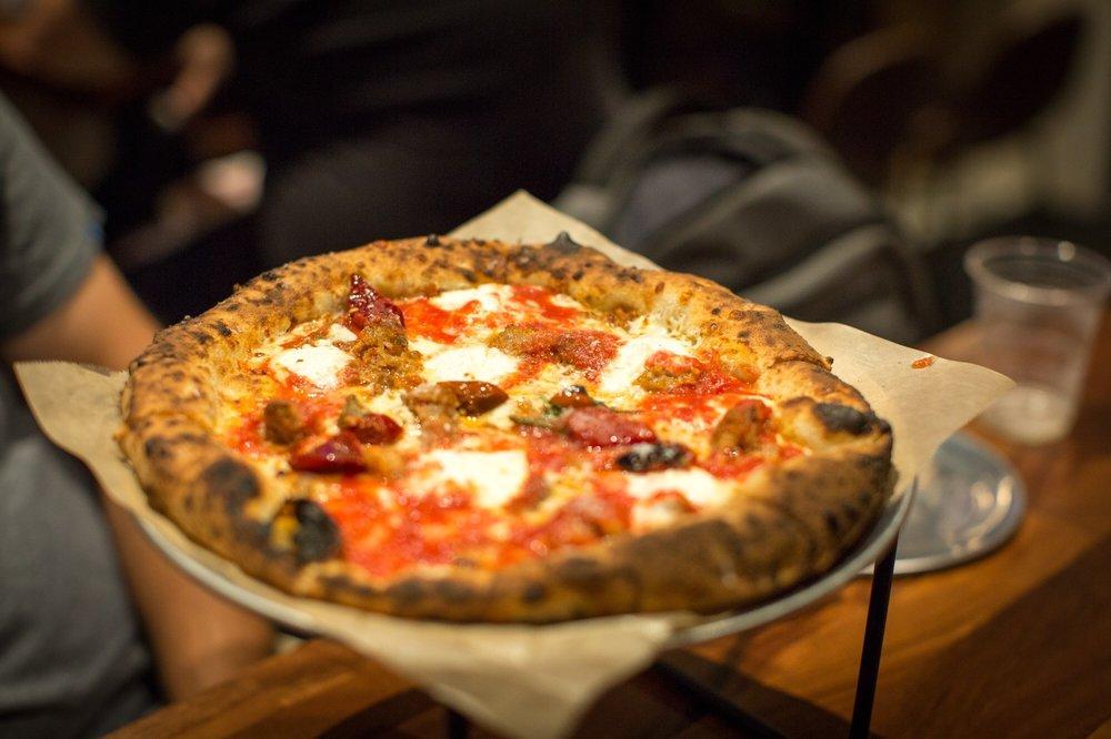 Pizzeria Vittoria: 2411 Desoto Ave, Savannah, GA