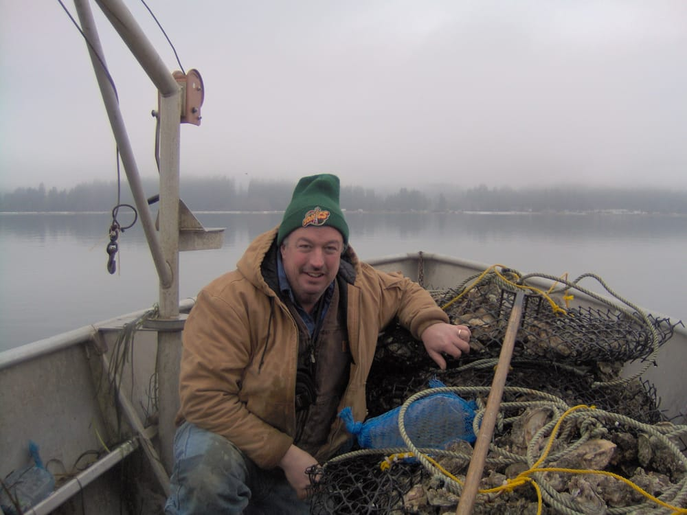Tom Farmer Oyster Company LLC: 17001 E State Rt 3, Allyn, WA