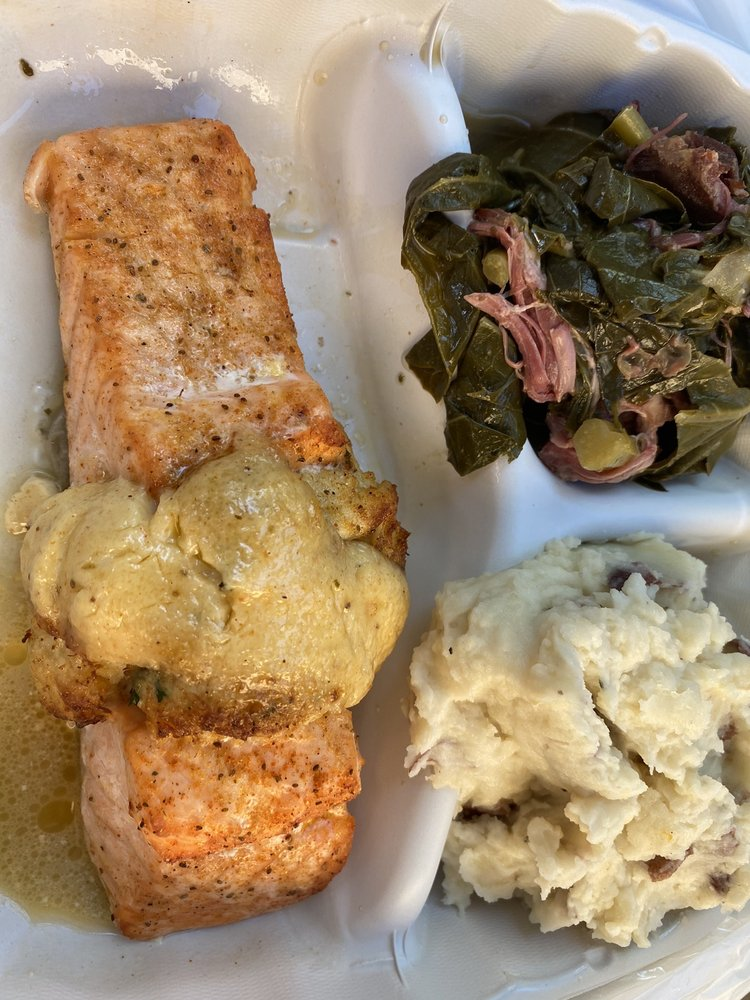 Colin's Seafood and Grill: 1728 E Northern Pkwy, Baltimore, MD