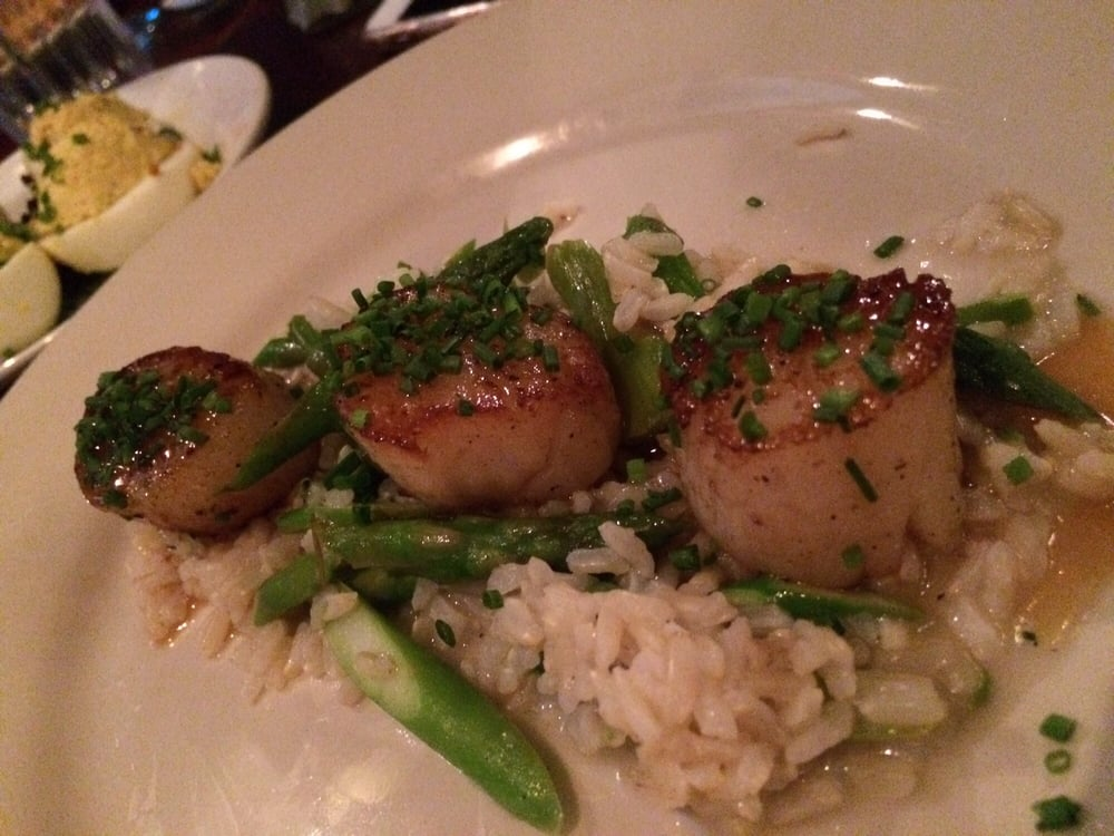 Sea scallops with asparagus and rice, pretty good - Yelp