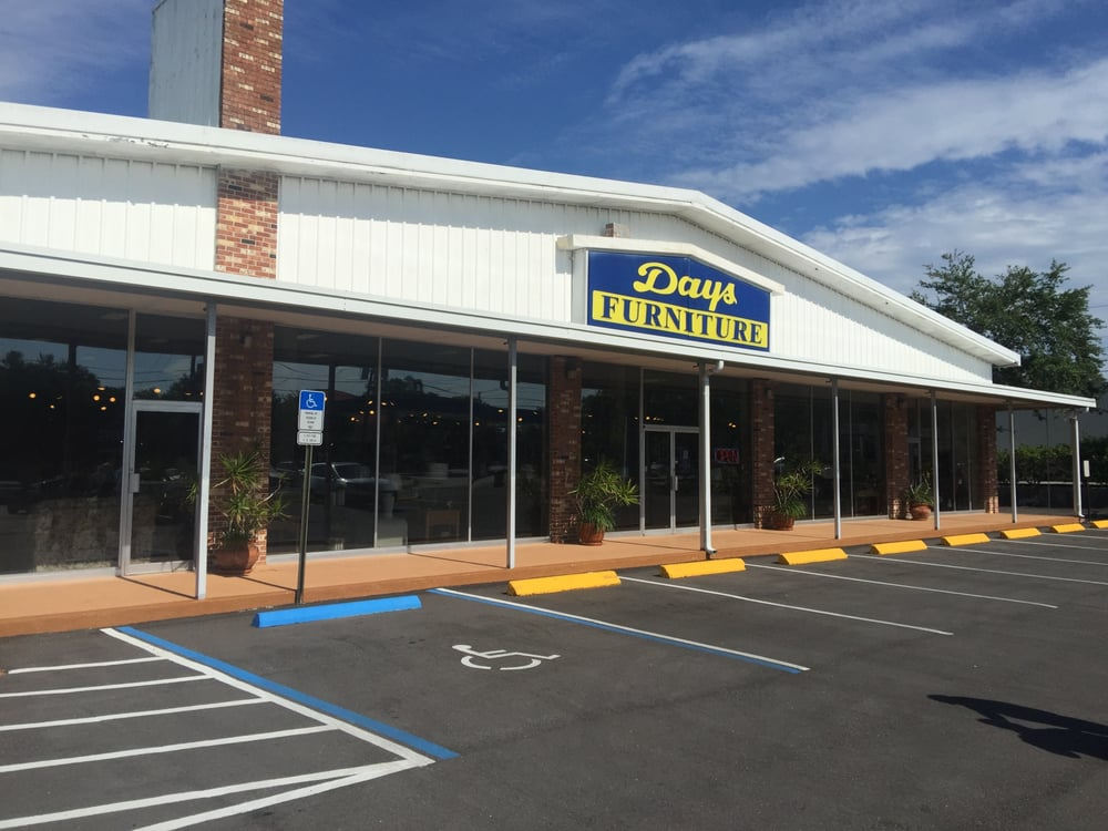 Days Furniture: 1277 S Highland Ave, Clearwater, FL