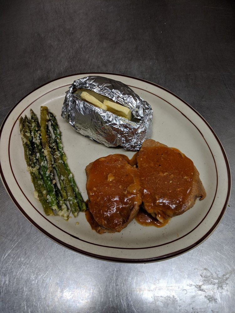 The Grand Restaurant: 1721 E Pine St, Deming, NM