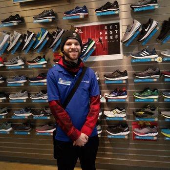 66372b9057e5eb Road Runner Sports - 69 Photos & 153 Reviews - Sports Wear - 1435 N ...