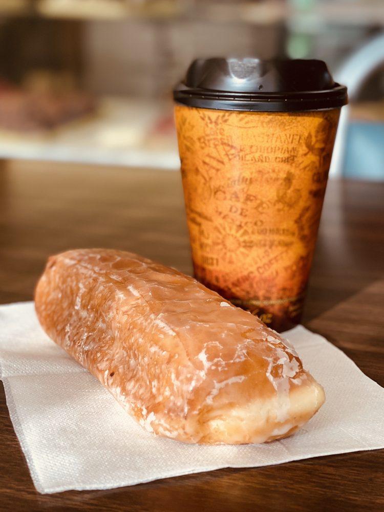 Kountry Donuts: 217 N Dumas Ave, Dumas, TX