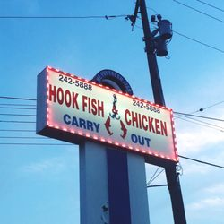 Hook fish chicken 11 reviews southern 5000 reading for Hooks fish and chicken menu