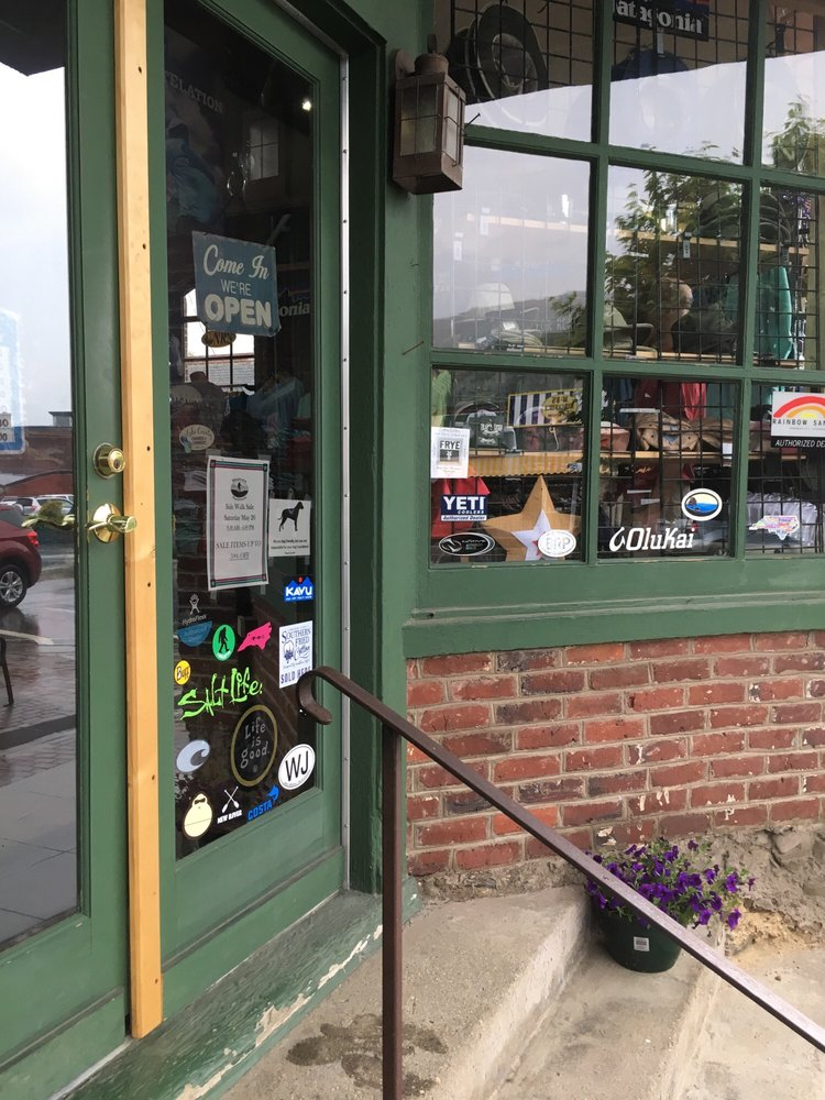Mountain Outfitters: 14 S Jefferson Ave, West Jefferson, NC