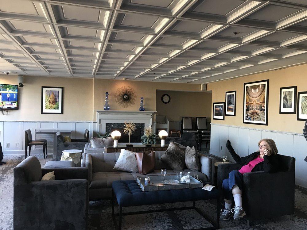 Restaurants Near Madison Concourse Hotel