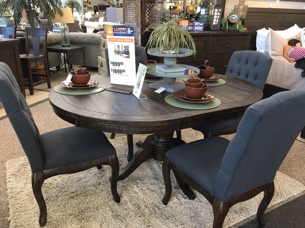 Beautiful 5 Piece Purchased From Ashley Furniture Yelp