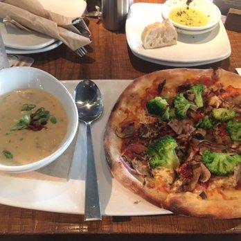 Pizza Kitchen california pizza kitchen - 46 photos & 92 reviews - pizza - 118