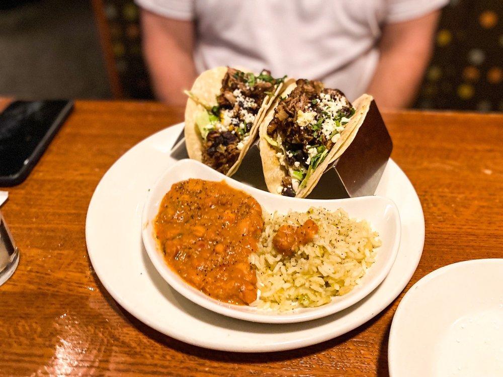 3 Squares Restaurant: 12690 Arbor Lakes Pkwy N, Maple Grove, MN
