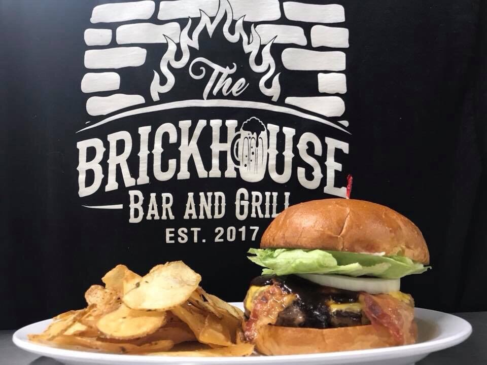 The Brickhouse Bar and Grill: 206 E Ohio Ave, Sebring, OH
