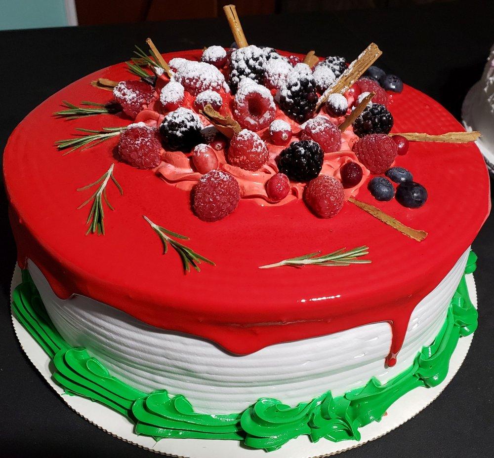 Los Reyes Bakery: 810 South Grove St, Hendersonville, NC