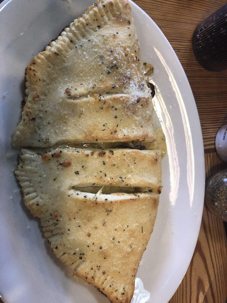 Gusto's Italian Grill and Pizza: 720 S Main St, Shattuck, OK