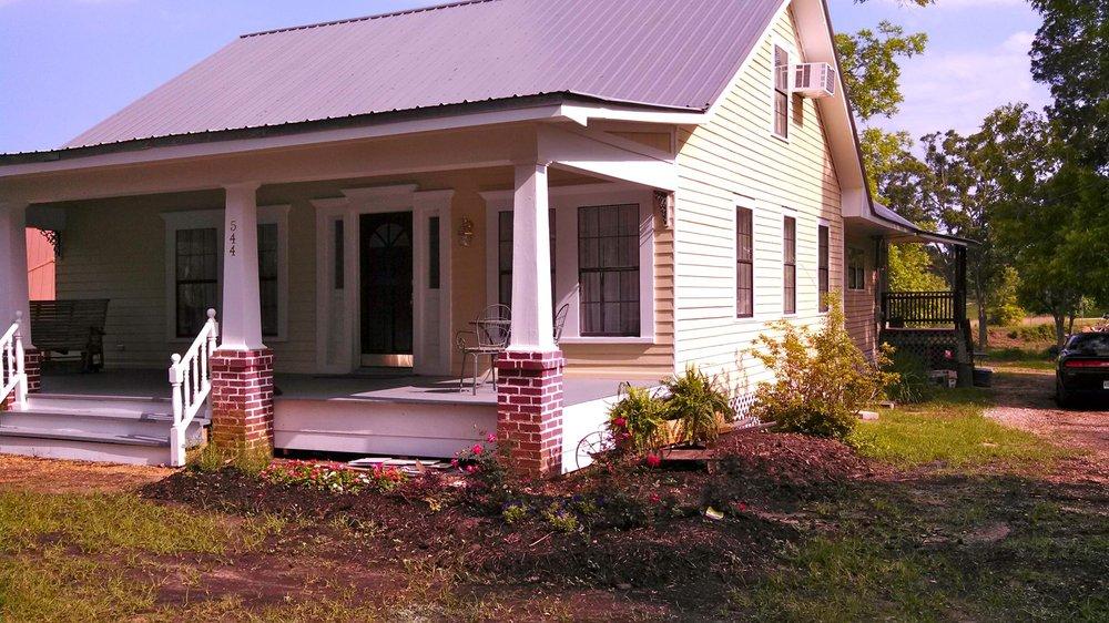 Cedarlane Inn & RV Park: 544 N Liberty Rd, Gloster, MS