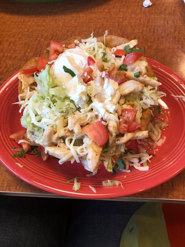 Los Panchos Mexican Restaurant: 101 W Park St, Sheldon, IA