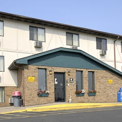 Photo Of Super 8 By Wyndham Clinton Ia United States
