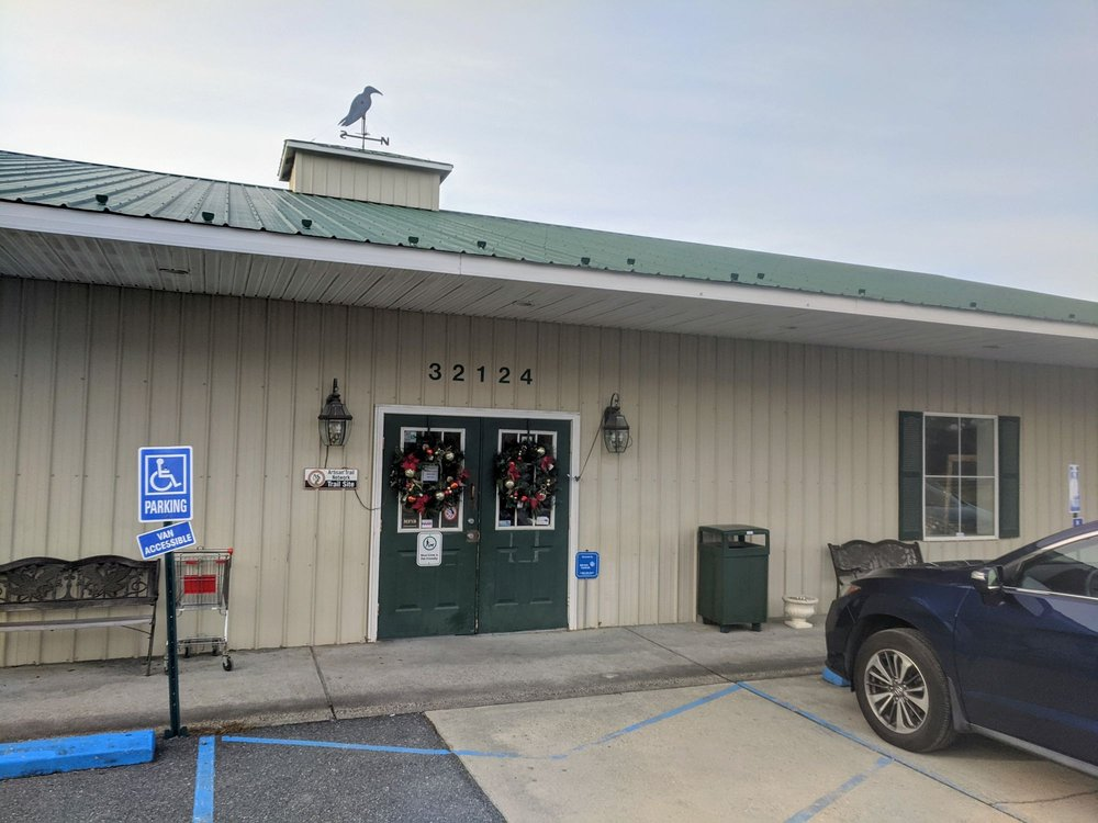 The Blue Crow: 32124 Lankford Hwy, Keller, VA