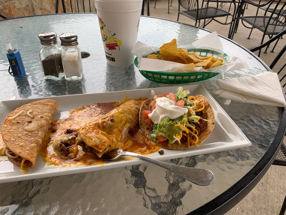Mexicano Grille and Bar: 205 Sonterra Blvd, Jarrell, TX