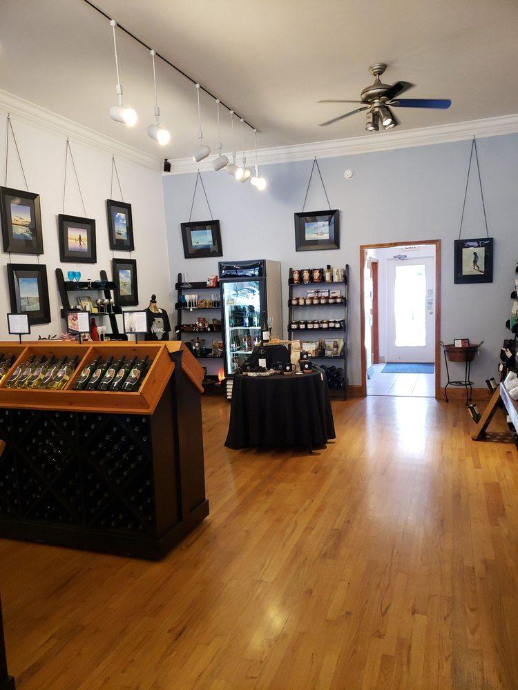August Hill Winery Tasting Room: 106 Mill St, Utica, IL