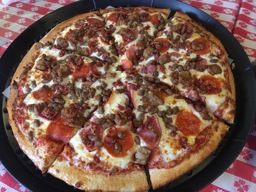 Zi Zi's Pizza: 5603 5th St, Danbury, TX