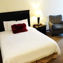 Photo of Eastland Suites - Bloomington, IL, United States. SIngle Queen  Guestroom ...