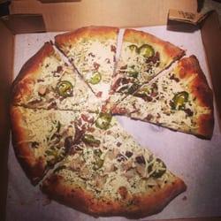 Ozona Pizza logo